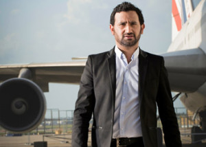 Cyril-Hanouna-350